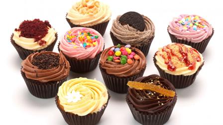 Cupcakes-cupcakes-33338461-1366-768